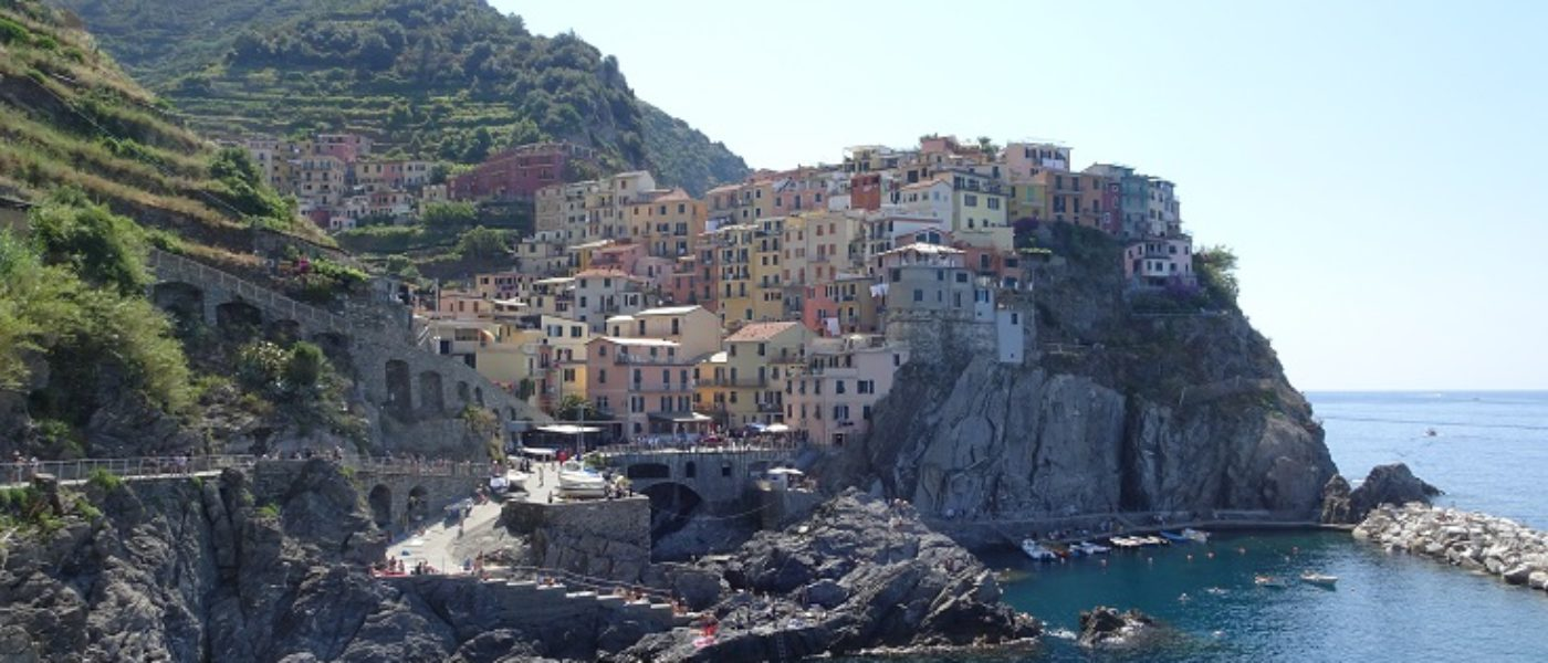Poppy goes to Riomaggiore and Manarola