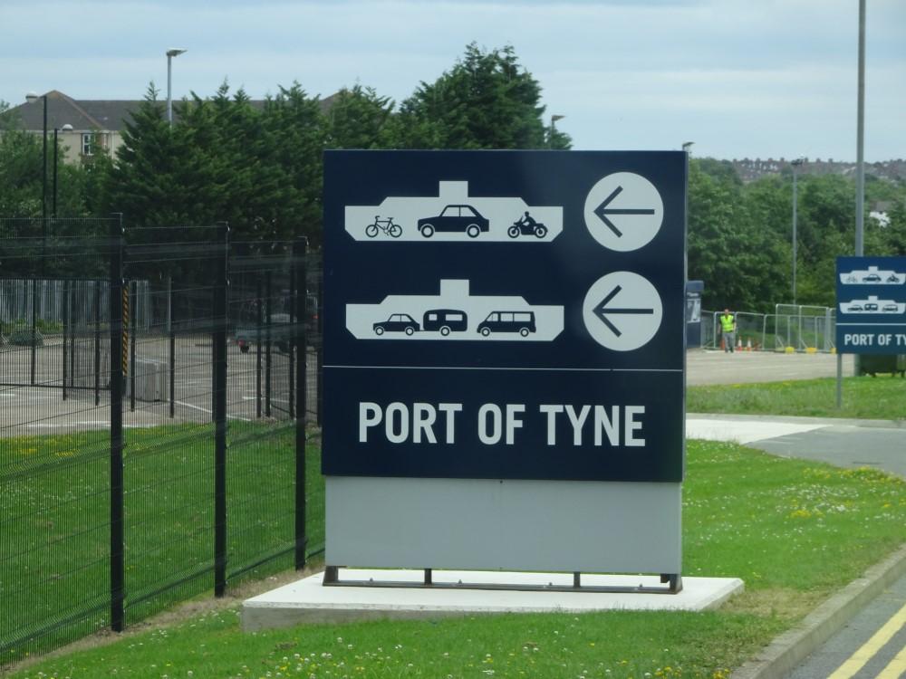 Port of Tyne signpost