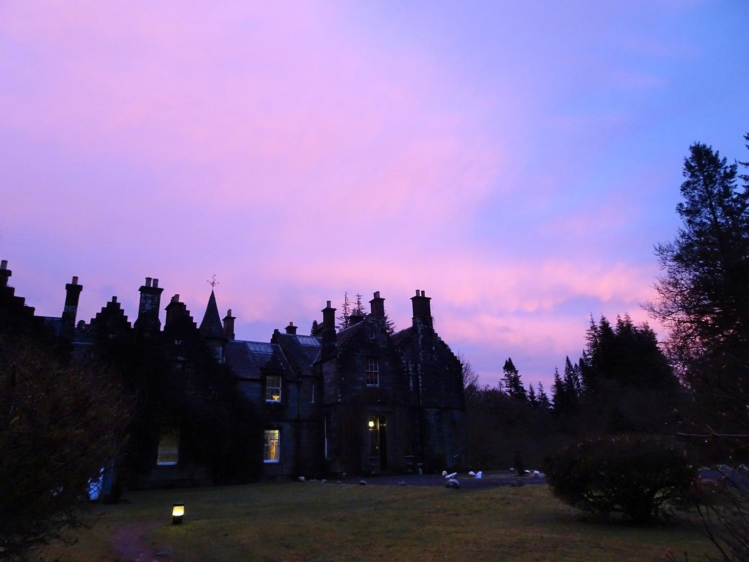 Ardanaiseig House at dusk2