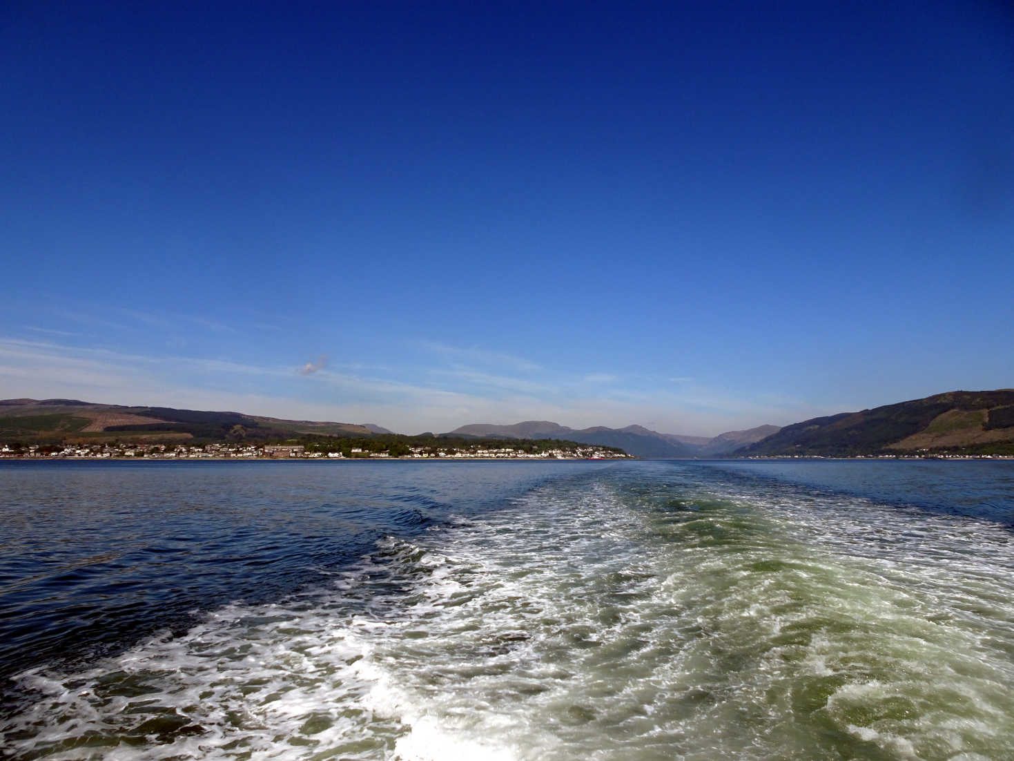 leaving Dunoon in the sunshine